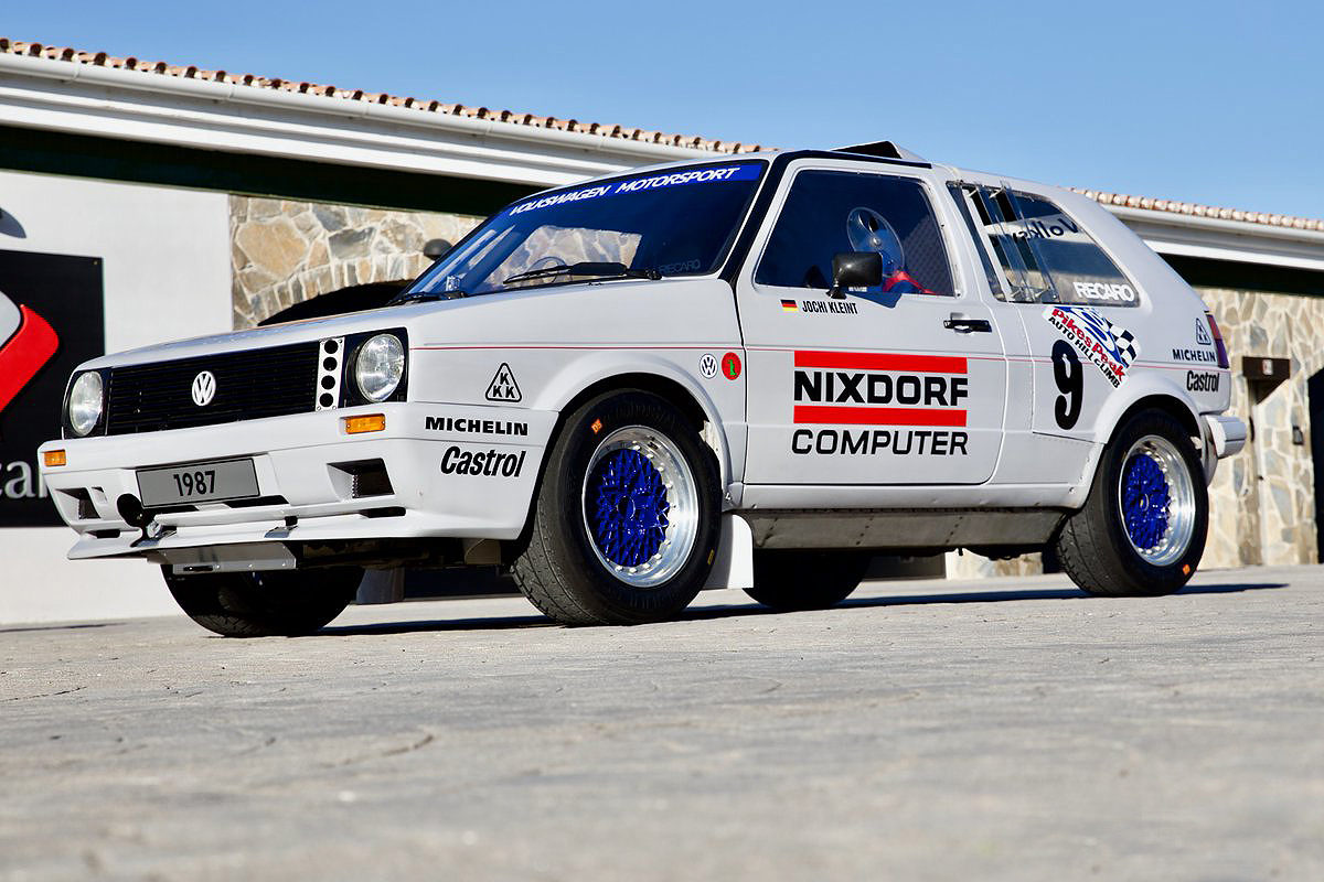 VW restores its '80s turbocharged twin-engine Pikes Peak rally legend